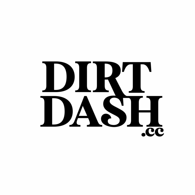 dirt dash logo